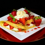 dessert-crepes-with-strawberry-cream-filling-04